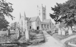 Bishops Cleeve, St Michael And All Angels Church c.1960