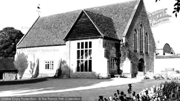 Photo of Bishops Cleeve, the Tithe Barn c1960