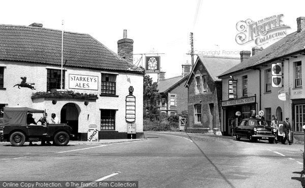 Photo of Bishops Lydeard, Gore Square c1960