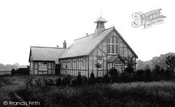 Village Institute 1914, Bisley
