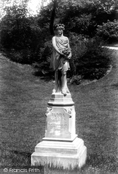 Blackburn, Park, Statue Of 'flora' 1895