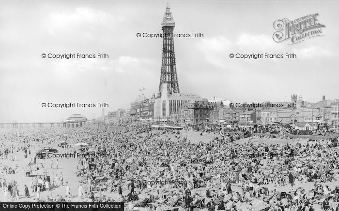 Photo of Blackpool, Central Beach c.1939