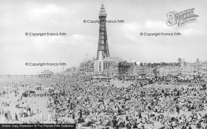 Blackpool, Central Beach c.1939