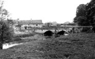 Bladon, Folly Bridge c.1960