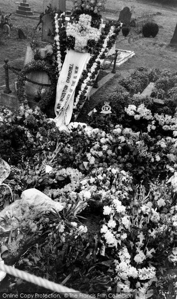 Bladon, Sir Winston Churchill's Grave 1965