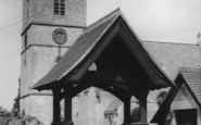 Bladon, St Martin's Church c.1965