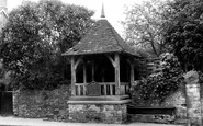 Bladon, The Village Pump c.1960