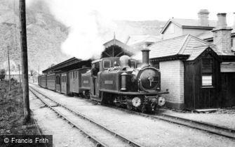 Blaenau Ffestiniog, Narrow Gauge Train c1901