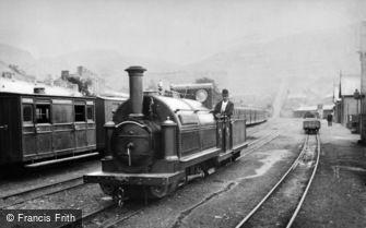 Blaenau Ffestiniog, the 'Welsh Pony', Ffestiniog Railway Engine, Duffws Station c1885