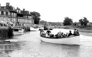 Blakeney, Excursion Trip To See The Seals c.1955