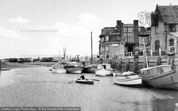 Blakeney, Hotel And Quay c.1965