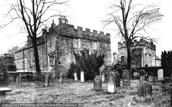 Photo of Blanchland, Lord Crewe Arms from the Churchyard c1935, ref. B555040