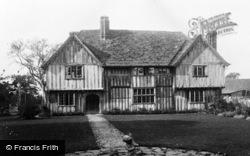 Bletchingley, Brewer Street Farm House c.1955
