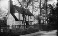 Bletchingley, Old Cottage 1905