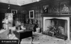 Bletchingley, Pendell Court, Main Entrance Hall c.1955