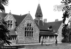 Bletchingley, School 1907