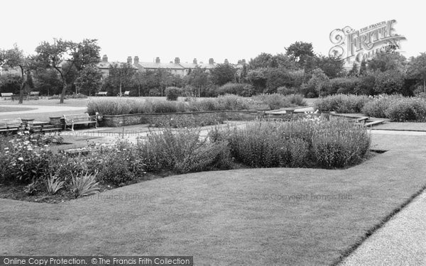 Bletchley, Central Gardens c.1955