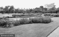 Central Gardens c.1955, Bletchley