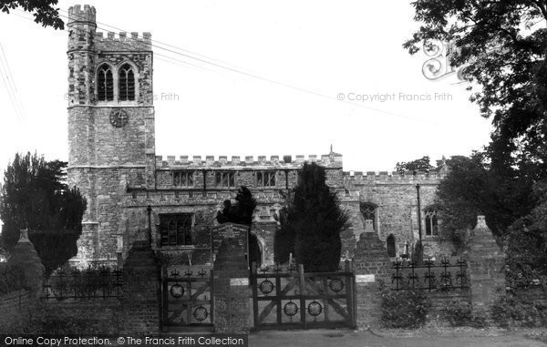 Photo of Bletchley, St Mary's Church c1960
