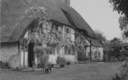 Blewbury, Hall Barn Close c.1960