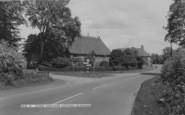Bloxham, Hydes Thatched Cottage c.1960