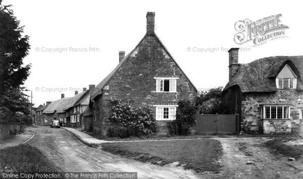 Bloxham, Kings Road c.1955