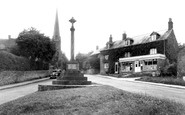 Bloxham, The Cross And Post Office c.1955
