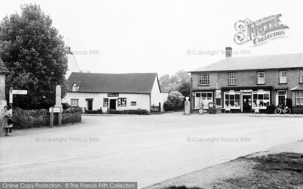 Blunham, the Square c1965