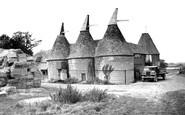 Bodiam, Oast House c.1960