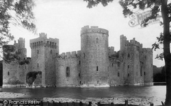 The Castle 1890, Bodiam