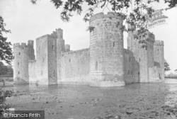 The Castle 1925, Bodiam