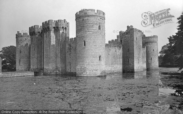 Bodiam, The Castle 1925