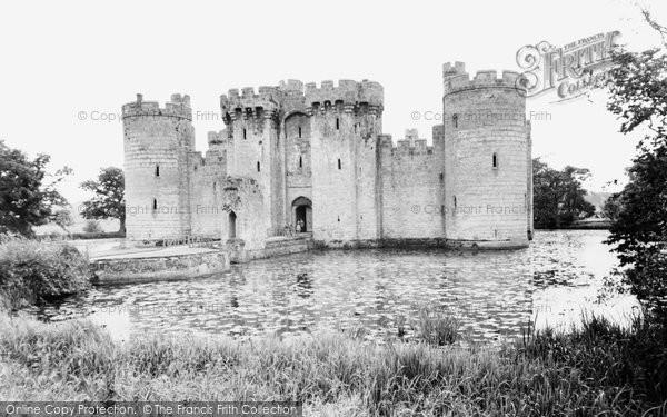 Photo of Bodiam, the Castle c1955