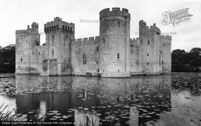 Photo of Bodiam, The Castle c.1960