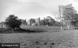 The Castle c.1960, Bodiam