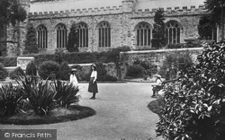 Bodmin, Children In Robartes Gardens 1906
