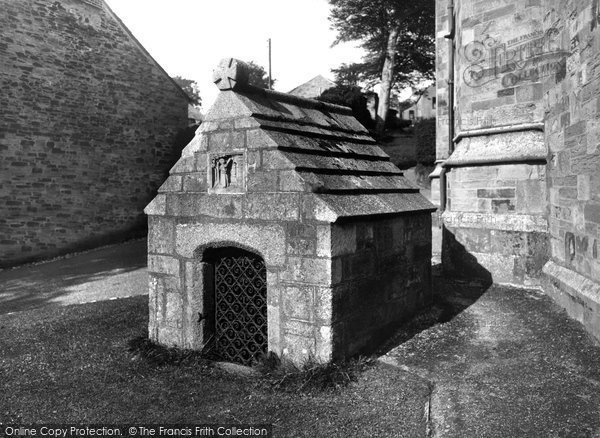 Bodmin, St Guron's Well 1938