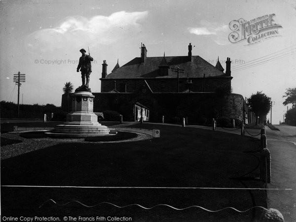 Bodmin, War Memorial 1938
