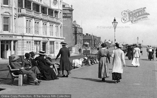 Bognor Regis, Fashion, The Parade 1911