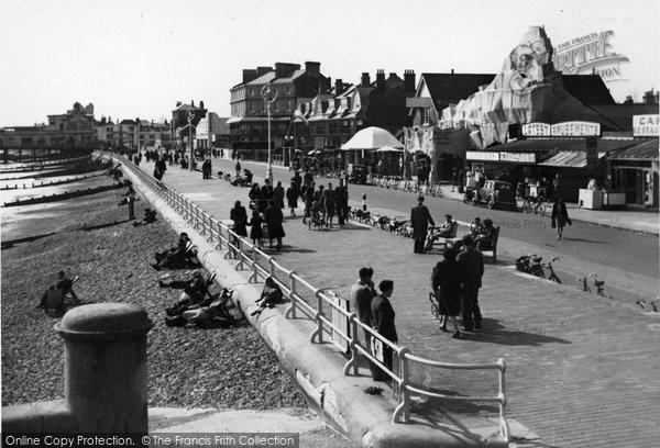Bognor Regis, Promenade From East c.1950