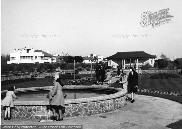 Bognor Regis, The Fountain, Marine Gardens c.1950