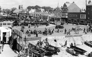 Bognor Regis, Waterloo Square From The Pier 1955
