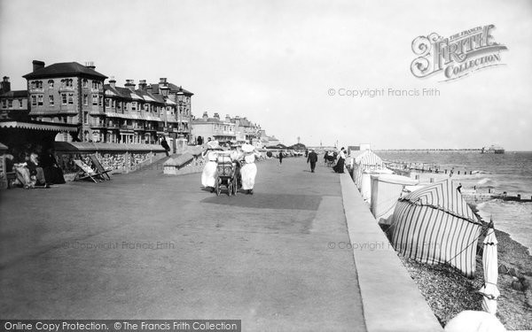 Bognor Regis, West Parade Looking East 1906