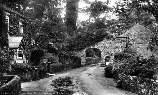 Bolton Abbey, Old Arches And Home Farm 1909