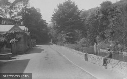 Bonchurch, The Village And Pond 1913