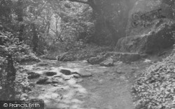 Bonchurch, The Wishing Stone c.1960