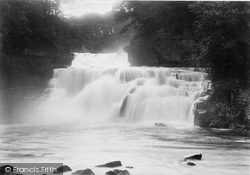 Bonnington Linn, The Falls 1897