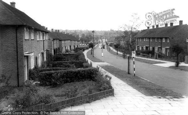 Photo of Borehamwood, Gateshead Road c1965
