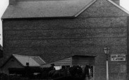 Borough Green, A Horsedrawn Wagon On Sevenoaks Road 1906