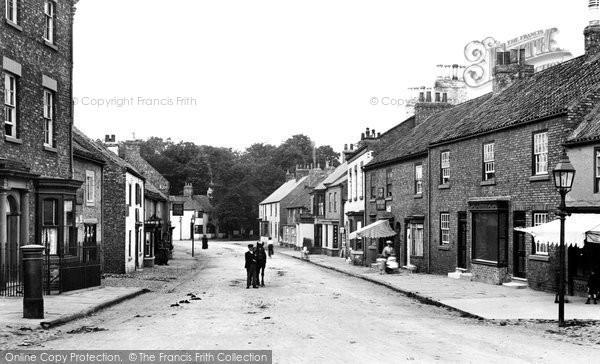 Boroughbridge, High Street 1907